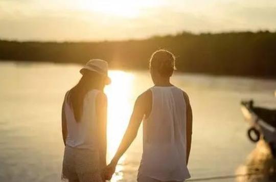 老婆出轨怎么挽回她的心?该怎么处理才是最好的?