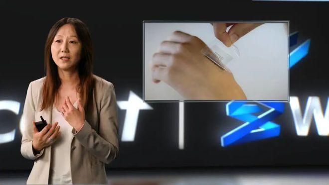 斯坦福教授鲍哲南:人造皮肤能把手机贴在身上