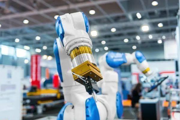 人工智能和物联网融合这种新技术浪潮可以带来新的机遇