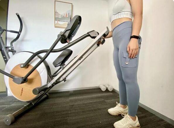莫比智能椭圆机有APP联网设计,健身健康舒适