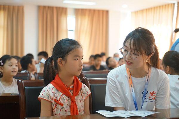 中国电信张家港分公司5G知识科普丰富青少年暑期生活