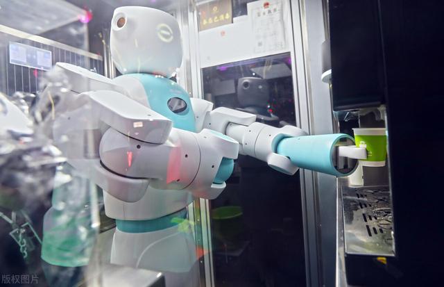 嵌入式是人工智能(学人工智能需要学嵌入式吗)