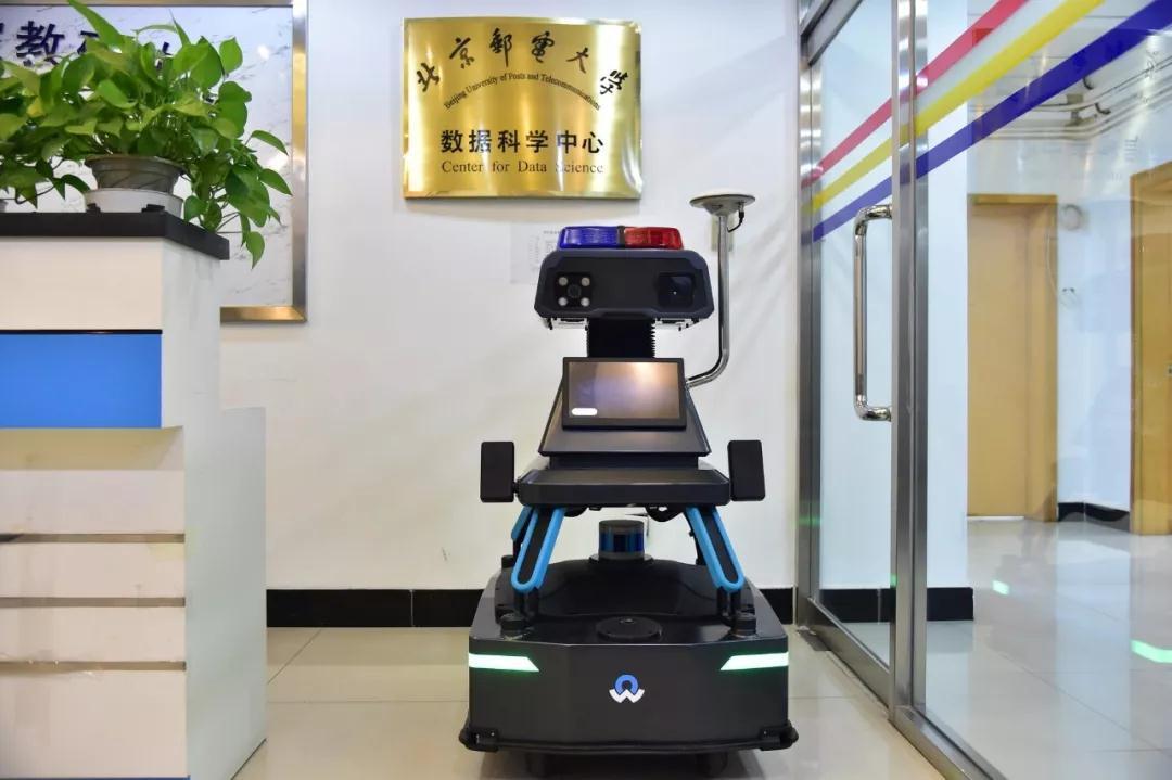人工智能 校园(介绍最新10款智能产品)