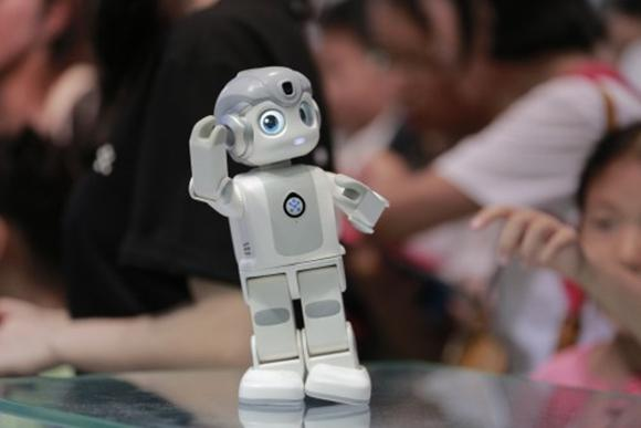 ai人工智能机器人多少钱一个(ai智能机器人成功了吗)