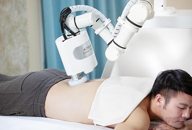 人工智能按摩机器人(女性人工智能机器人价格)