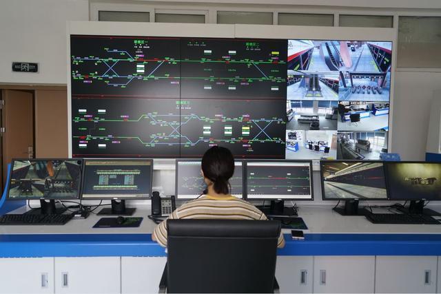 智能控制与智能系统(智能液压控制系统)